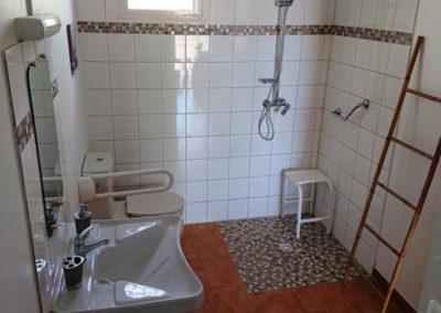salle bain pmr martinique