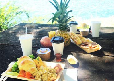 yama breakfast plateau