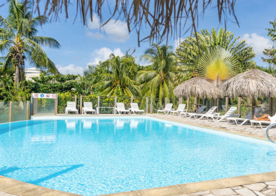 piscine residence les cayalines